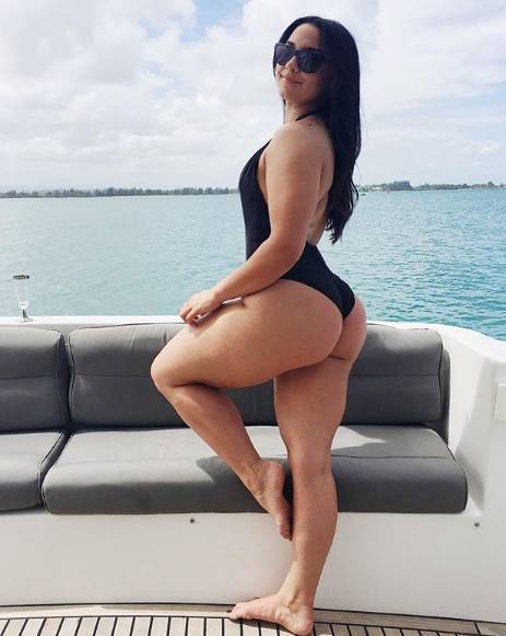 她66cm的大粗腿能让男人舔屏,但女人看了却说不想练成这样!-金融微周刊